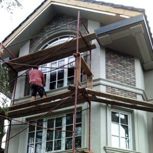 Реконструкция фасада дома в с. Гнедин (Киевская обл.)